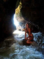 Where Mermaids Hide (Time-Freeze) Tags: light sea portugal water dark shadows cave algarve shardene albuveira