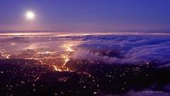 The Unseen Sea on Vimeo by Simon Christen (bhebay) Tags: ocean sanfrancisco california city sunset sea moon fog skyline night clouds timelapse vimeo waves glow fullmoon moonrise bayarea moonset theunseensea vimeo:id=15069551