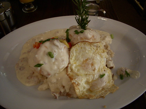 Egg and biscuits w/ sausage gravy