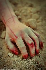 Hand frivolous
