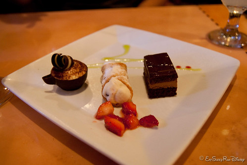 dessert sampler at Tutto Italia