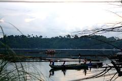 sampaloc lake (MarkWheels) Tags: boat philippines laguna sampaloclake mountbanahaw sanpablolaguna baklad