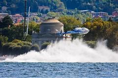 Onda Anomala! (Roveclimb) Tags: lake como race lago boat wave barche helicopter gps acqua powerboat volta nautica onda gara lario motoscafi elicottero gommone villaolmo tempiovoltiano centomiglia