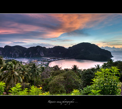 Kho phi phi (Romain sauze...come back ..) Tags: light sunset sky cloud sun beach night photoshop bay soleil nikon phi phiphi lumire coucher bamboo ciel hi asie nuage kho nuit wacom plage hdr thailande lightroom 1755 d300 lr3 graphique tablette cs5 romainsauze