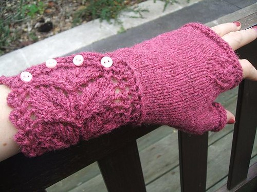 Finished Veyla mittens