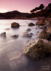 plage du pradon (Natalini patrice) Tags: sunset summer mer seascape france nature photoshop canon landscape photography eos soleil europe angle patrice wide sigma adobe 7d provence reverse paysage 1020 var rocher 2010 dazur natalini cs5 provencealpescote