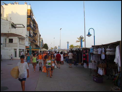 Tiendas Paseo Marítimo del Rincón