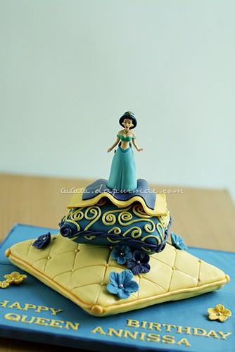 Princess Jasmine 3D Cushions Cake
