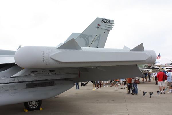 EAA10_EA-18G_21