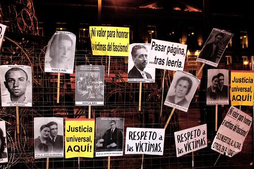 Concentración contra la impunidad del Franquismo (18/11/2010)