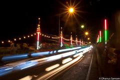 บนสะพานข้ามแม่น้ำท่าจีน (on Chinese Port Bridge)