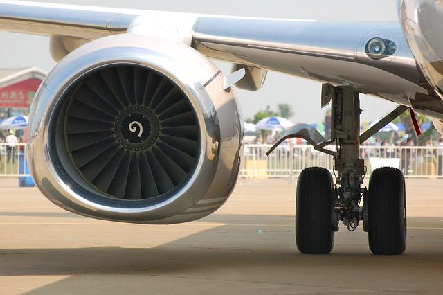 Boeing 737-800 VQ-BOS BBJ2