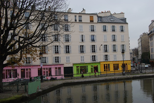 Famous Boutique along the Canal by feelingdoingfranny