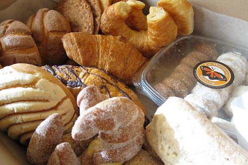 La Monarca Bakery: Croissants, Conchas, Cookies