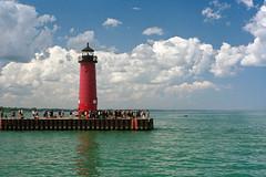 Kenosha North Pier Light (longbowsnyper) Tags: lighthouse 50mm pentax f14 35mmfilm polarizer manualfocus kodakportra400nc sunny16 pentaxspotmatic top20lh kenoshanorthpierlight