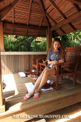 sitting in a sala