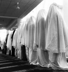 mengadap Mu (Hafizan Harun | pjey56) Tags: islam hijab muslimah khimar flowersofislam pjey56