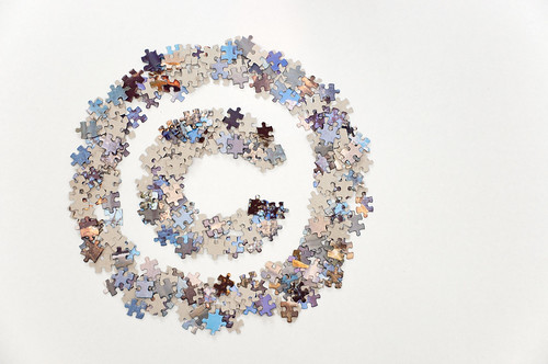 Large copyright sign made of jigsaw puzz by Horia Varlan, on Flickr