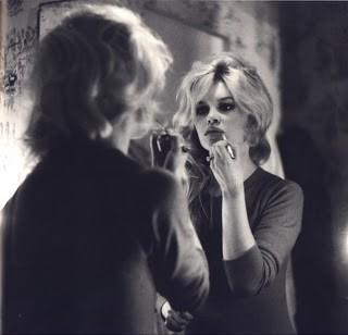 brigitte_mirror-1