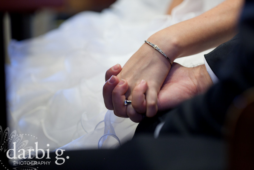 DarbiGPhotography-LindseyAaron-Kansas City Columbia wedding photographer-123