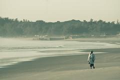 Praia do Tofo - by Julien Lagarde