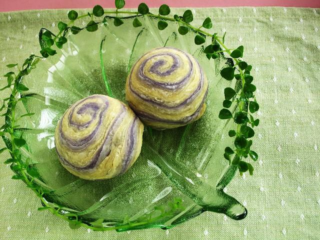 IMG_2368 上海月饼,馅料:芋头