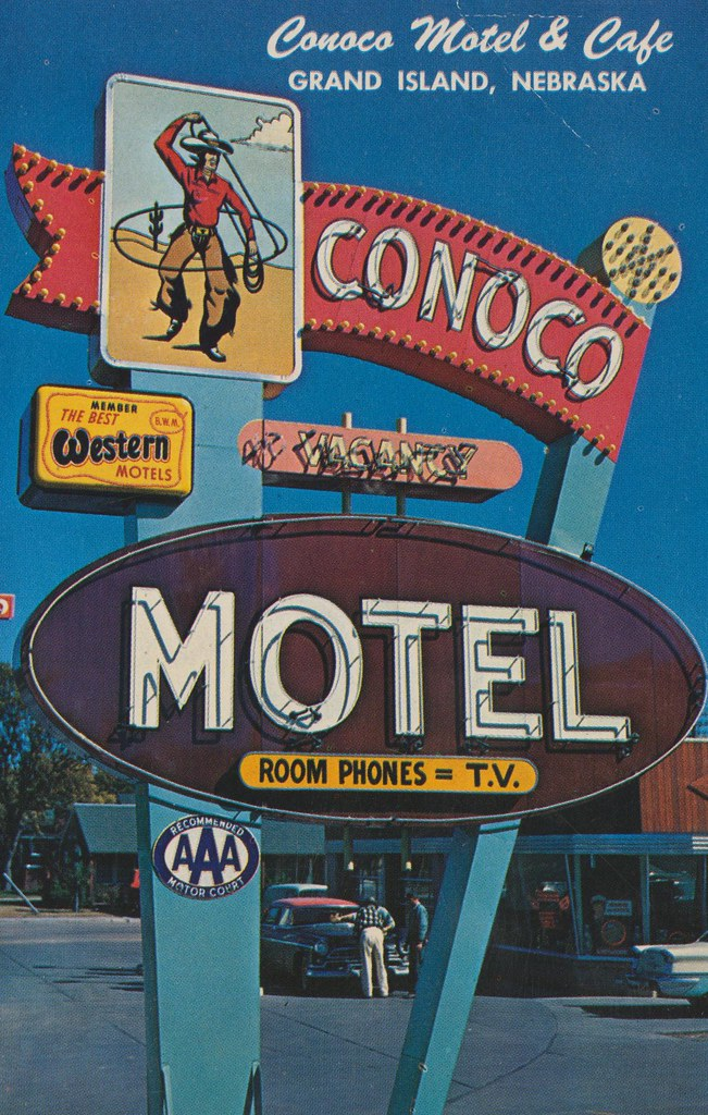 Conoco Motel, Cafe & Service Station - Grand Island, Nebraska