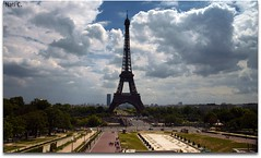 Tour Eiffel desde los Jardines del trocadero (Nati C.) Tags: monumento torreeiffel pars paisajeurbano jardinesdeltrocadero