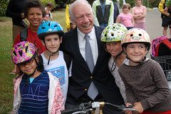 Rep. Jim Oberstar visits Beach Elementary School -11
