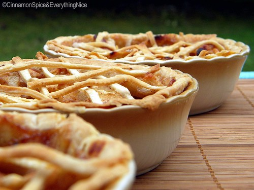Three LIttle Apple Pies for The Three Little Bears