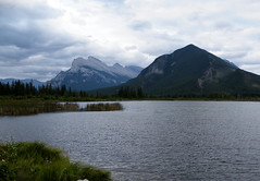 Vermilion lakes and Mount Rundle (Missy2004) Tags: mountain lake canada alberta banff vermilionlake