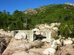 Pont IGN300 sur le ruisseau de Sainte-Lucie