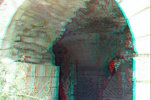 Canterbury Cathedral grounds in anaglyph 3D stereo red cyan glasses to view