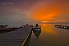 Atardecer (Pepelahuerta) Tags: paisajes valencia boats raw cielos atardeceres barcas lakers canon1022mm laalbufera leefilters concordians ultraangulares pepelahuerta