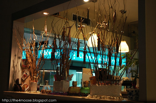 Hob Nob Cafe Bar - Decor