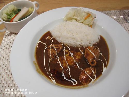 東京咖哩雞肉起司咖哩單點加蔬菜