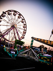 Scramble (FuneralShadowCat) Tags: wheel night wonder fun lights child ride tx carousel fair swing carnaval fest grape grapevine farris