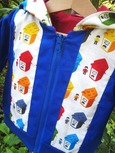 Lego hoodie blue side front detail