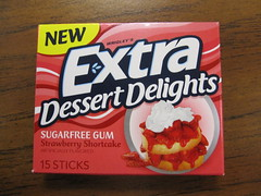 Extra Strawberry Shortcake Gum