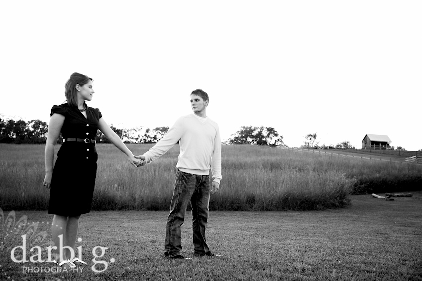DarbiGPhotography-KansasCity wedding photographer-engagement session Weston Red Barn Farm-123