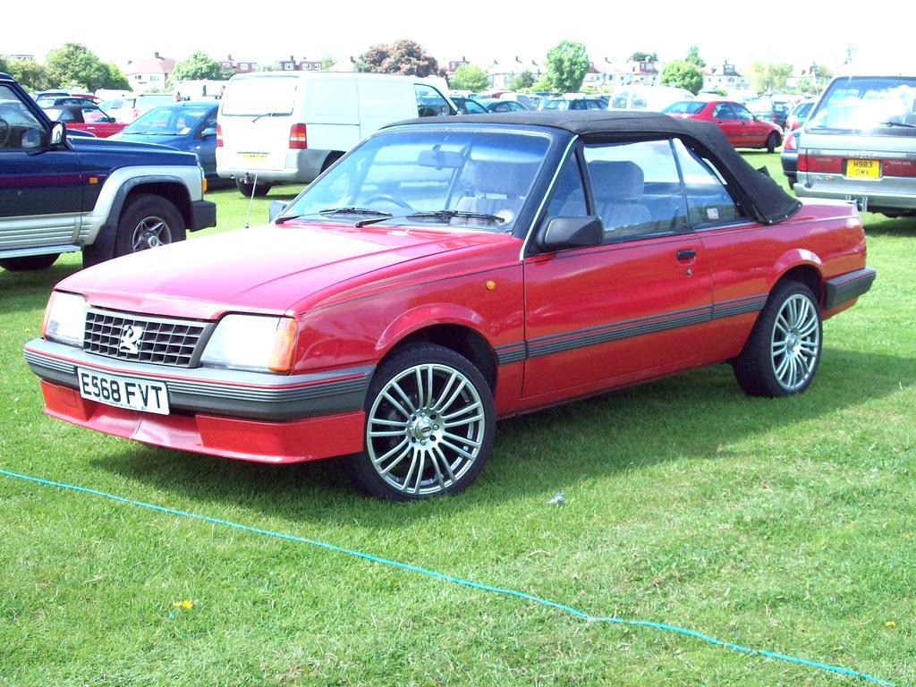 354 Vauxhall Cavalier Mk.II Convertible (1987)