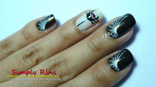 nail art halloween spiders 04