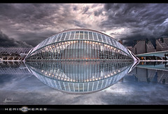 Hemispheres II (WisoNet) Tags: valencia reflections spain hdr ciudaddelasartesylasciencias tamarit hemispheres lhemisferic cityofartsandsciences hemisferios ality wisonet