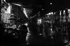 rainy Den Haag in b/w