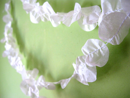 Silk paper garland ** pretty arty shop**