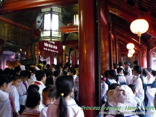 temple of literature 11