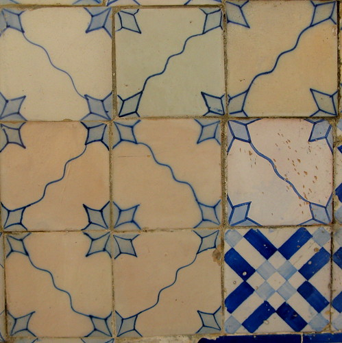 Improviso no azulejo 3 - para a Loca-Bandoca