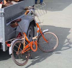 003586 - Bicicleta (M.Peinado) Tags: espaa canon spain guadalajara bicicleta bici 2010 castillalamancha vehculo vehculos ccbync canoneos1000d provinciadeguadalajara 03102010 feriadevehculosclsicospopulares recintoferialdeguadalajara octubrede2010