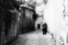 (...storrao...) Tags: street houses blackandwhite bw man portugal silhouette photoshop blurry nikon downtown noiretblanc streetphotography nb bn porto cropped rua baixa unfocused casas homem pretobranco silhueta desfocado d90 heresias storrao sofiatorro nikond90bw