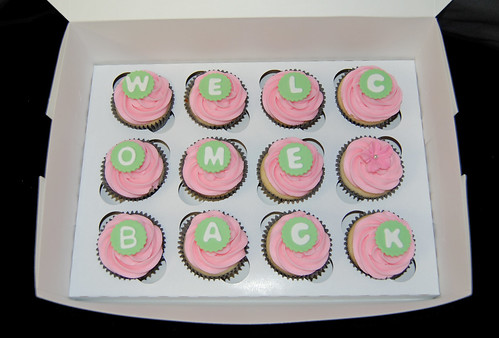 Welcome Back cupcakes pink and green